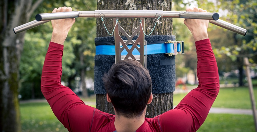 Top 5 Tips For More Grip Strength On The Pull-Up Bar